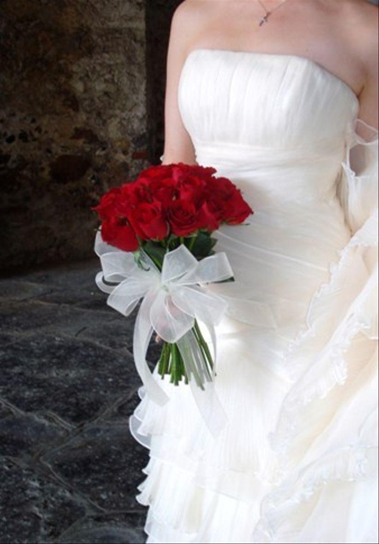 25 ramos de novia rojos para novias apasionadas y muy románticas