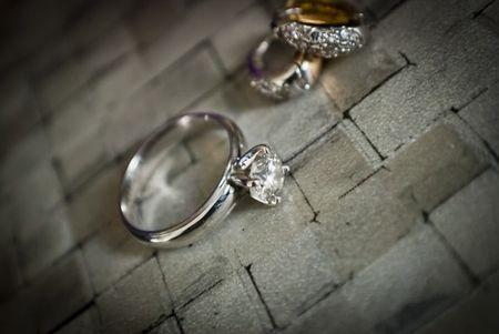 6 formas originales de entregar el anillo de compromiso