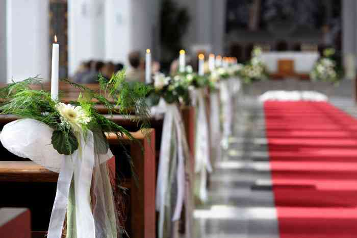 Tips Para Decorar Su Ceremonia Religiosa Que No Se Les