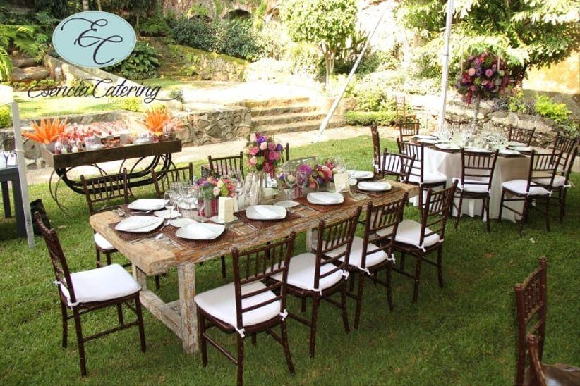 Consejos para decorar mesas de boda rectangulares - Decorar mesas de jardin ...