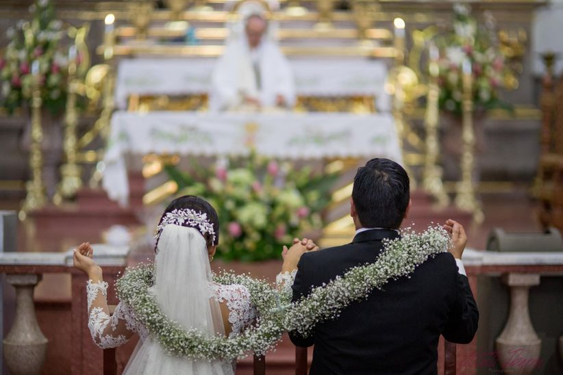 Matrimonio Catolico Precio : El significado del lazo de boda bodas mx