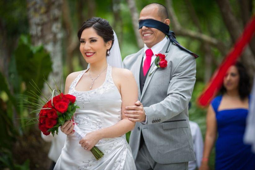 Matrimonio Catolico Sin Fiesta : First look las mejores fotos de la primera vez que se ven