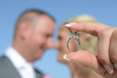 7 trucos para sacar una foto bonita a tu anillo de pedida
