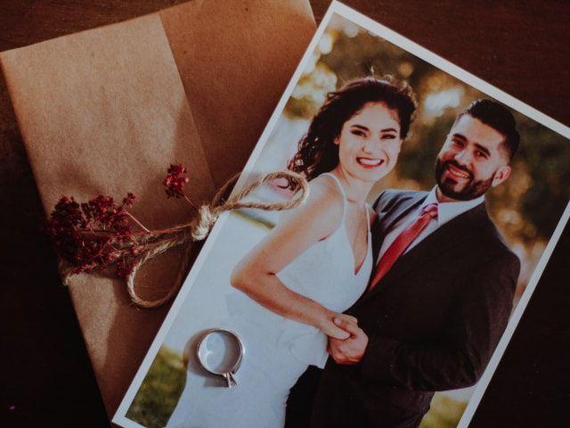 8 pensamientos que tendrán al mirar el álbum de boda por primera vez