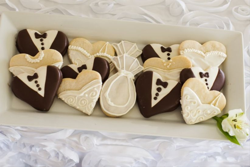 c59eb0753 Los 9 postres que no pueden faltar en tu mesa de dulces... ¡vuelan ...