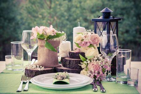 Arreglos de mesa para boda: 9 elementos top para decorarlos