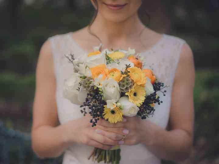 Ramos de novia sencillos: 4 factores que debes considerar