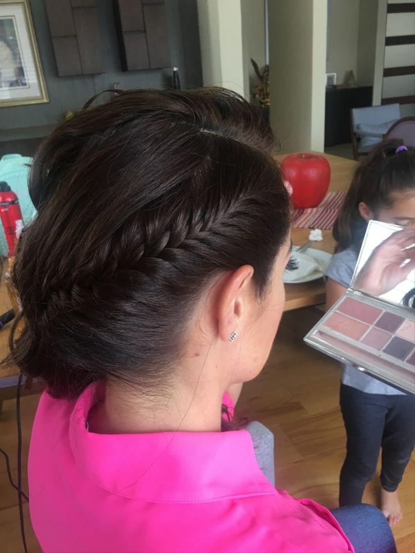 Yadis Hair and Make Up