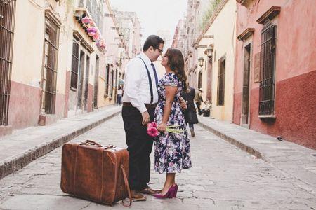 ¡Alto! 8 cosas que deben estar en su maleta de luna de miel