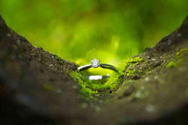 fotos creativas para anillos de compromiso