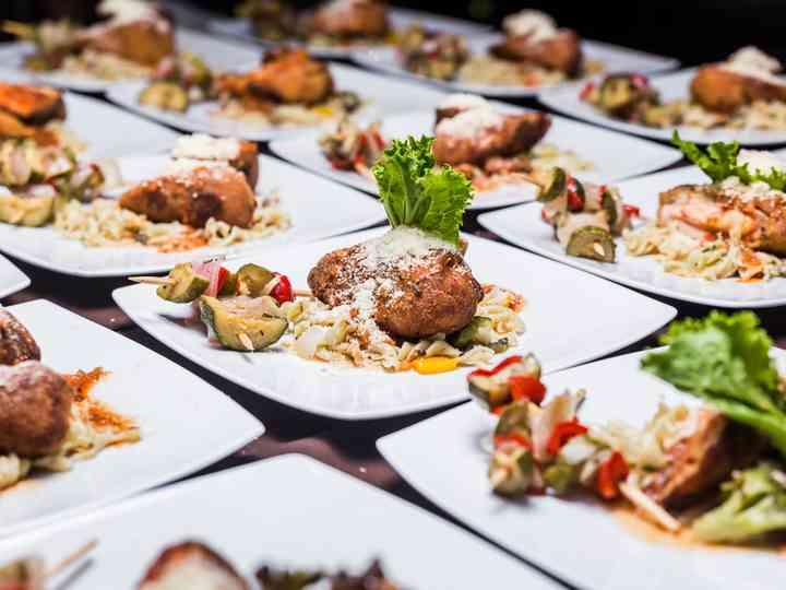 Tipos de banquetes, ¿con cuál sorprenderán a sus invitados?