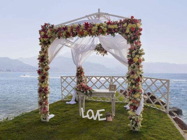 50 ideas para decorar un altar de boda al aire libre