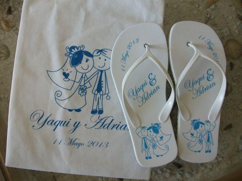 recuerdos para boda sencillos sandalias pantuflas y balerinas. Black Bedroom Furniture Sets. Home Design Ideas