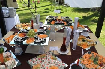 Pon un buffet de sushi en tu boda