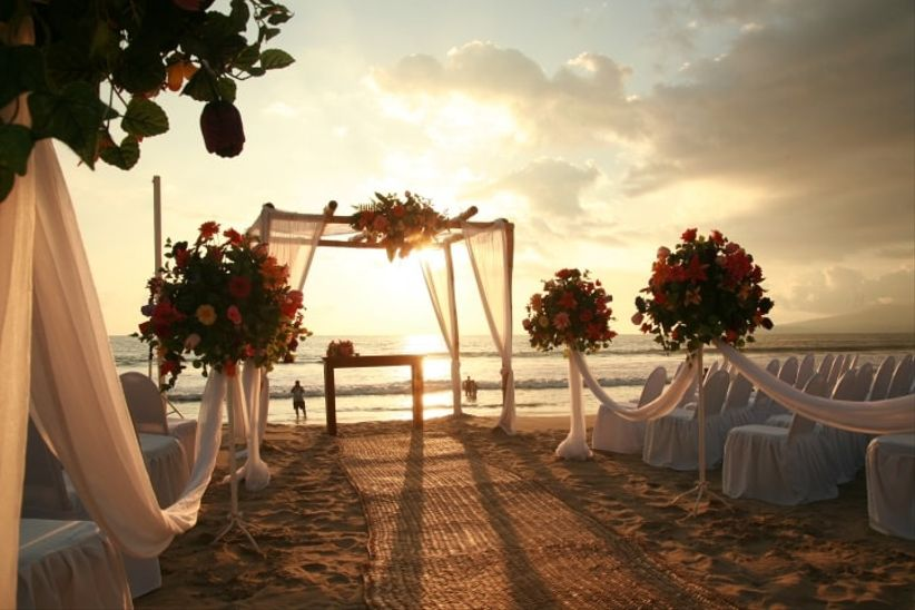 Tips para decorar la ceremonia de boda en playa - Ideas para una boda en la playa ...
