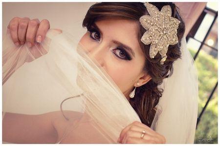 ¿Cómo elegir el color ideal del vestido de novia?