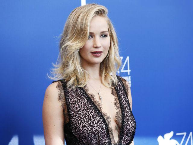 ¡Jennifer Lawrence está prometida!
