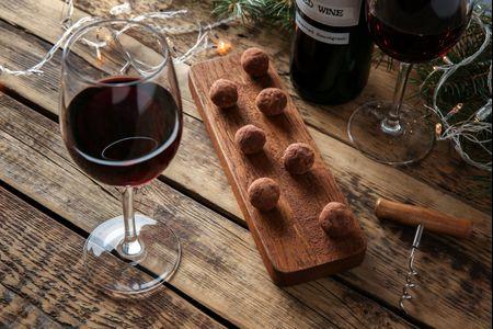 Plan exprés para San Valentín: una noche de vino y chocolate