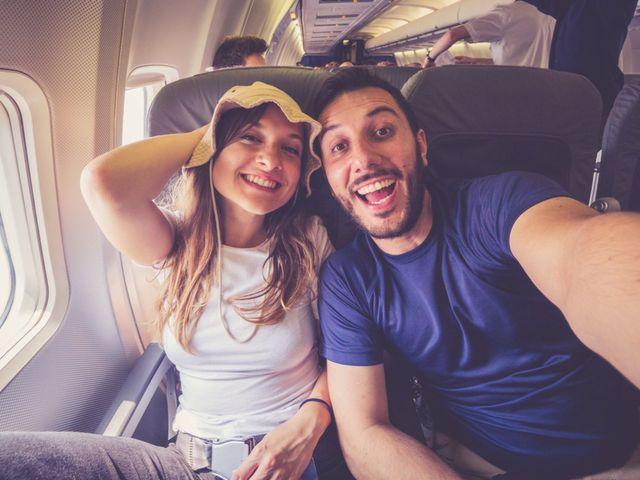 12 tips geniales para vuelos largos: ¡despega su luna de miel!