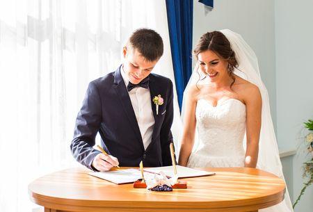 Todo el papeleo que necesitas para tu boda