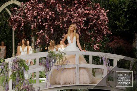 Vestidos de novia Atelier Pronovias 2019: un atrevido desfile de sorpresas