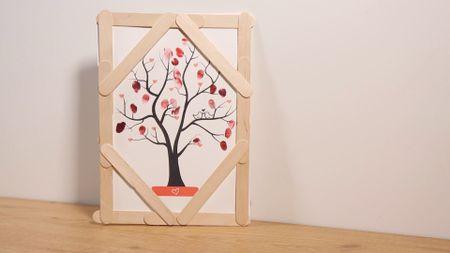 Elabora tu propio árbol de huellas para la boda