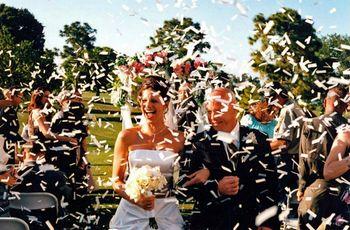 Alegra tu boda con estos lanza confeti caseros