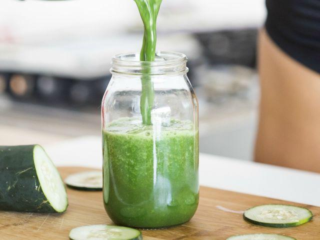 4 licuados verdes para desintoxicar el cuerpo