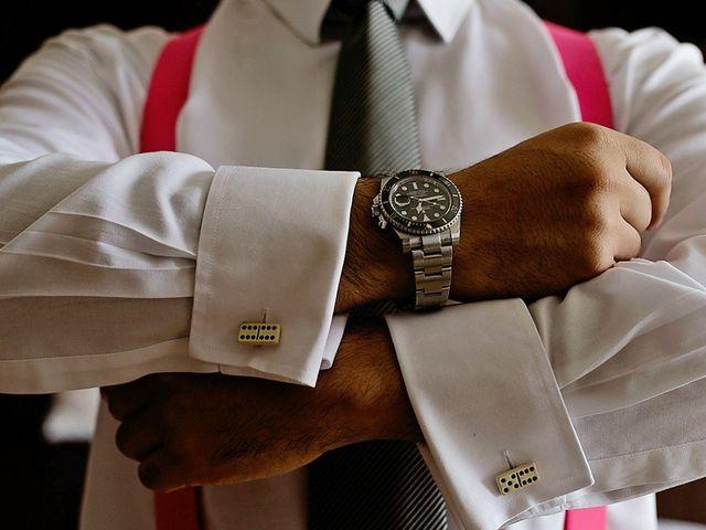 Las mancuernillas del novio: su personalidad, en el puño de la camisa