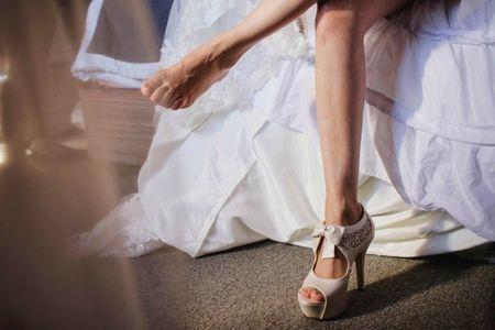 Consejos para elegir tus zapatos de novia según tus piernas