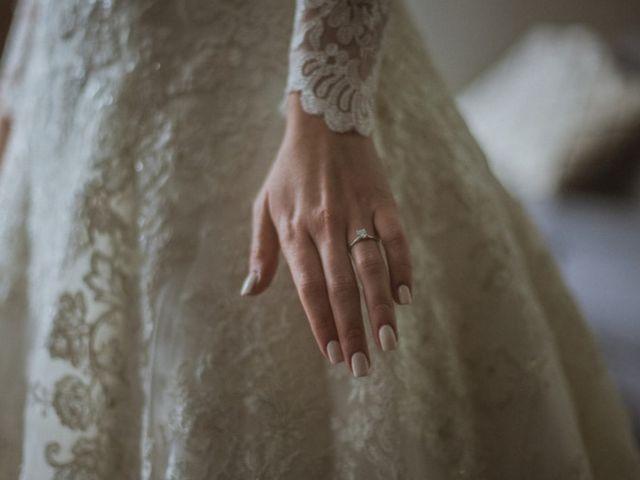 ¿Qué manicura va mejor con tu anillo de compromiso?