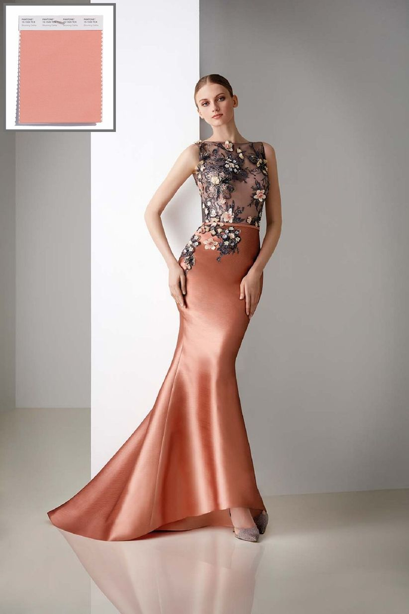 Que colores de vestido se usan de noche