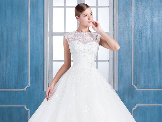Vestidos de novia Angelique y Angela Betasi 2018: lo clásico nunca pasa de moda