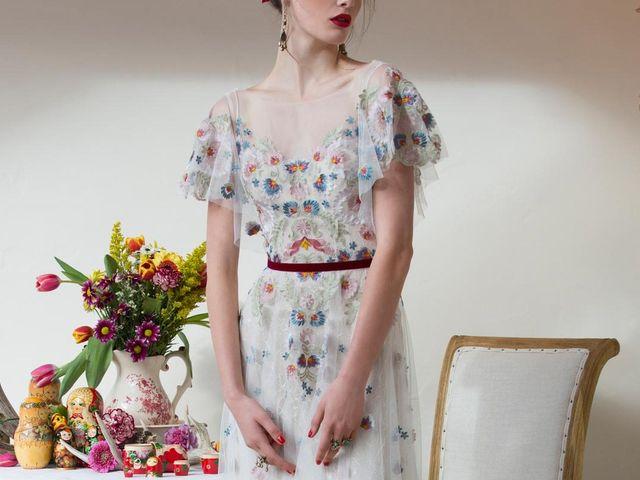 ¿Novia folk a la vista? Descubre los vestidos de Willowby para 2018