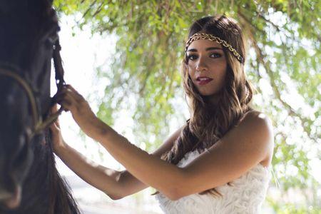 Peinados despeinados para boda: una guía que no deja cabos sueltos