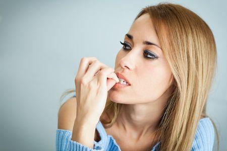 8 consejos para dejar de morderse las uñas