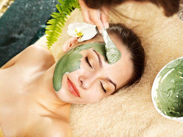 3 mascarillas caseras para tratar tu piel después del verano