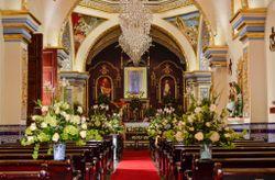 Ideas para decorar la iglesia de tu boda a bajo costo