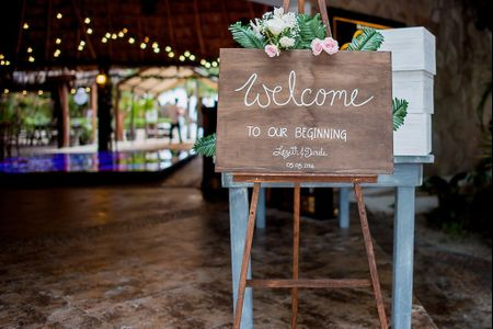 Mesa de bienvenida en la recepción de tu boda