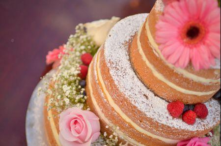45 ideas increíbles de pasteles de bodas con flores