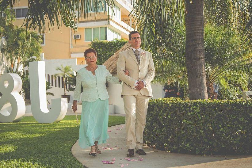 el look de las mamás de los novios - bodas.mx