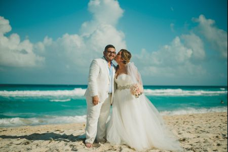 La boda de Rafa y Veda:  un 3 rojo al amor