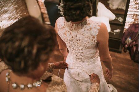 Lo que toda novia debe saber sobre la primera prueba del vestido
