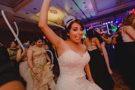¿Qué es el fotoperiodismo de bodas? ¡Una tendencia muy original!