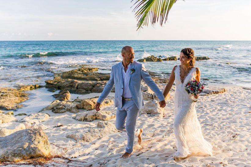 los zapatos ideales para una boda en la playa - bodas.mx