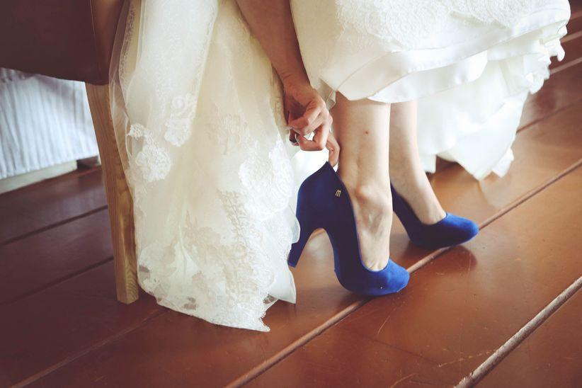25 zapatos de novia azules, ¿cuáles se rinden a tus pies? - bodas.mx