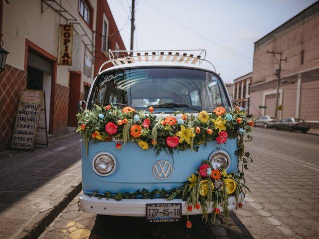 Combis para boda: auto y decoración para novios nostálgicos