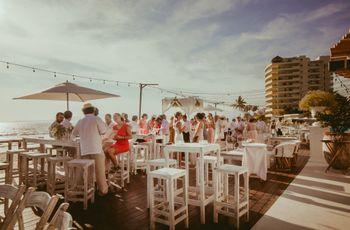 Banquete tipo coctel, ¡atrévanse a organizar una boda más relajada!