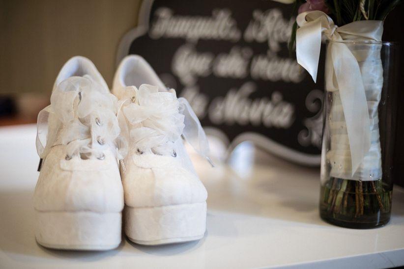 ee91d3a9ff Cómo elegir unos tenis de novia perfectos para tu look - bodas.com.mx