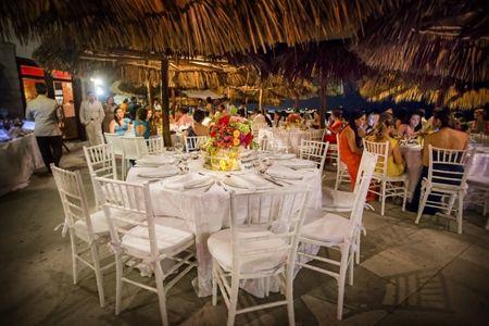 Protocolo en el banquete ¿cómo siento a los invitados?